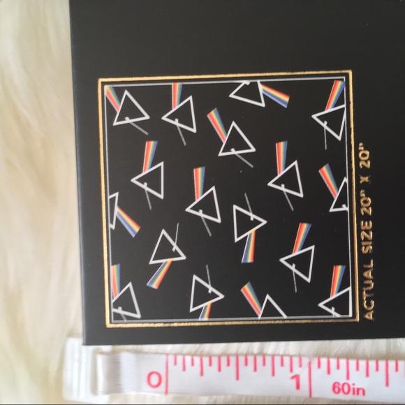 "NEW Pink Floyd Bandana//Neck Scarf Black 20"" x 20/"" by Junkfood Clothing"